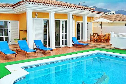 Exklusive Villa in Callao Salvaje mit privatem Pool