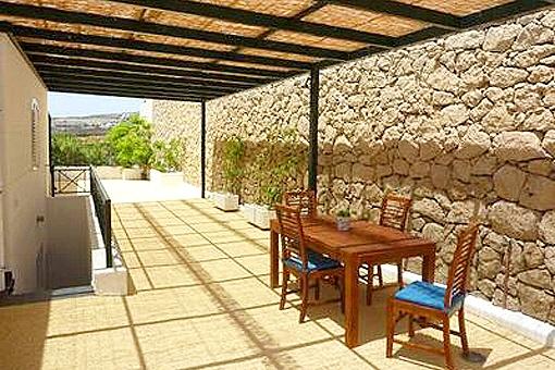 Großzügige Villa mit Pool in Playa Paraiso