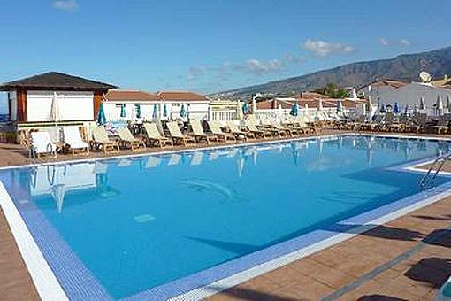 Gepflegtes Haus mit Meerblick und Pool in San Eugenio Bajo