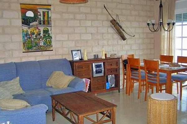 Wohn-Essbereich mit Kamin