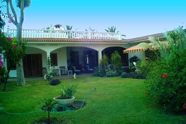 Große Villa mit Gästehaus in Puerto de la Cruz
