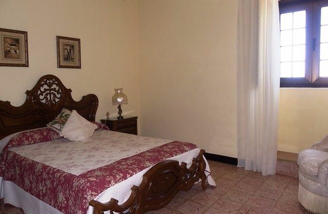 Das Hauptschlafzimmer in traditionellem Ambiente