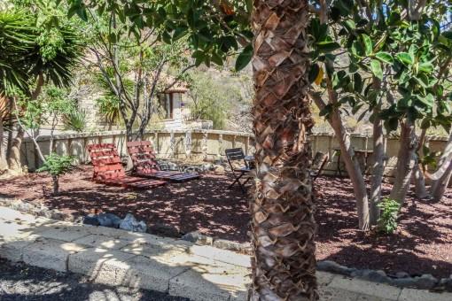 Schattige Terrasse im Garten