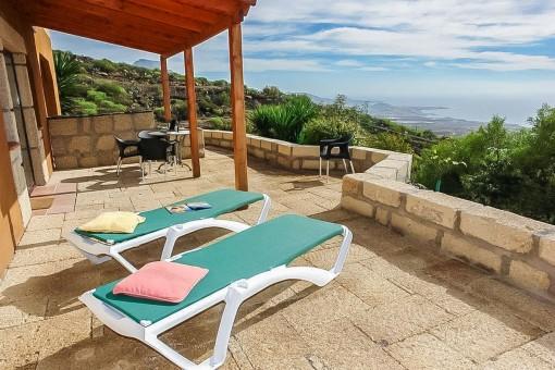 Romantische Finca mit 5 Ferienwohnungen, exklusivem Pool und großem Grundstück in fantastischer Aussichtslage