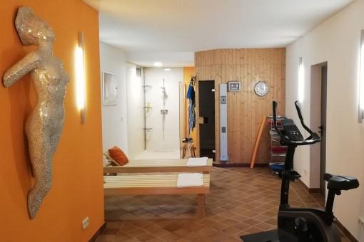 Sauna und Fitnessraum