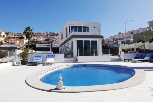 Moderne und frisch renovierte Villa in San Eugenio Alto, Costa Adeje