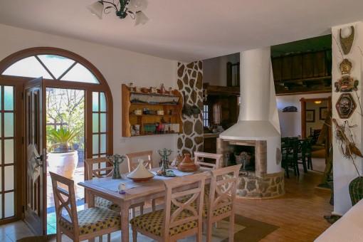 Schöne Finca mit idyllischem Garten in Guia Isora, Teneriffa