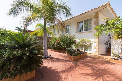 Schöne Villa mit Whirlpool und Blick in El Palm Mar