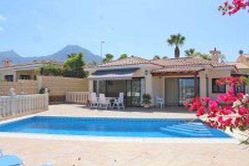 Hervorragende Villa mit Pool an der Costa Adeje Teneriffa