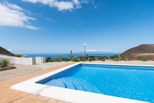 Großes Haus mit fantastischem Meerblick in unmittelbarer Nähe von Los Gigantes