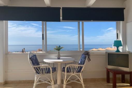 Schöne Wohnung mit Dachterrasse und Meerblick in Playa Paraíso