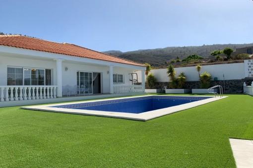 Exellente Villa mit Meerblick in Guia de Isora