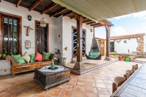 Schöne Finca mit renoviertem Kanarenhaus in San Miguel