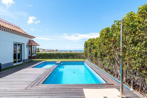 Villa mit Pool in El Madroñal