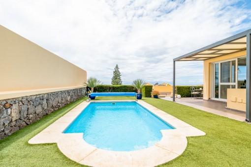 Komfortable Villa mit Meerblick in El Madroñal