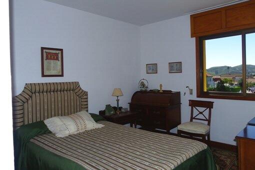 Schlafzimmer mit schönem Blick