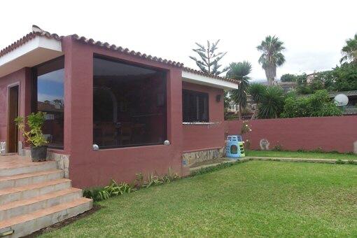 Stilvoll modernes Haus mit Garten, Teide- und Meerblick