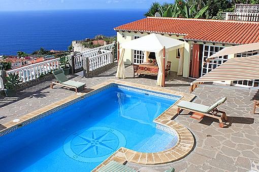 Villa mit Pool und Gästehaus in freier Meerblicklage von El Sauzal