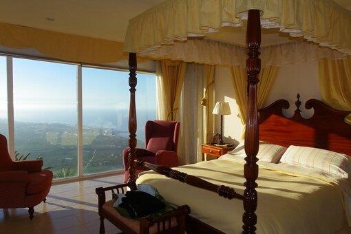 Schlafzimmer mit einmaliger Aussicht