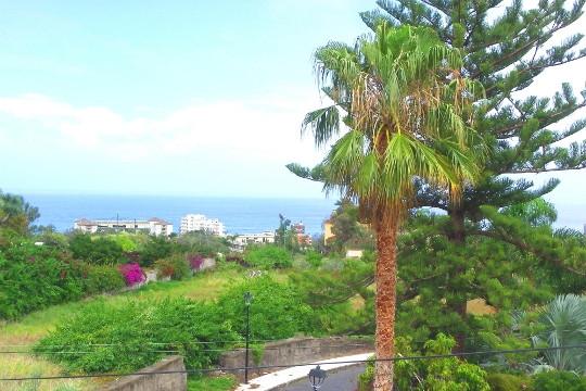 Ausblick auf das Meer und Puerto de la Cruz
