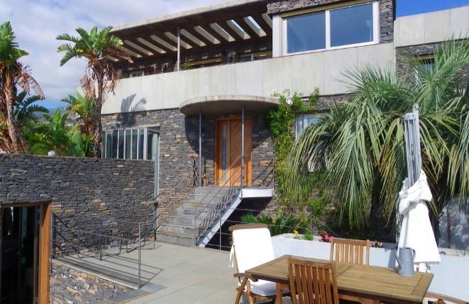 Exklusive moderne Villa mit beheiztem Pool und hochwertiger Ausstattung in Tabaiba