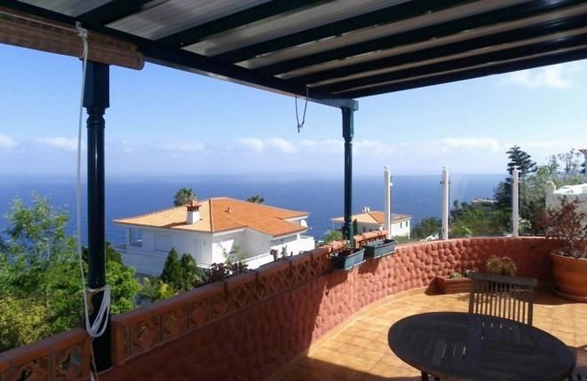 Gelegenheit in El Sauzal: Chalet mit drei Schlafzimmern, Teide- und Meerblick in ruhiger Lage