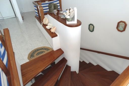 ...bzw. Treppenabgang