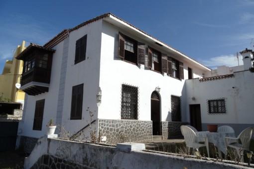 Traditionelles Kanarisches Chalet mit 5 Schlafzimmern und weiteren Ausbaubaumöglichkeiten auf großem Grundstück in La Matanza