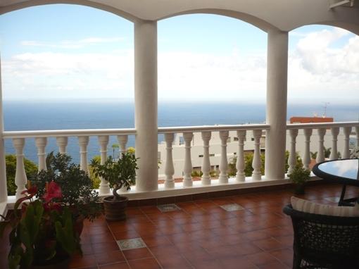 Schöne Villa in La Matanza mit Meerblick