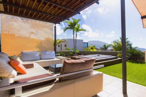 Luxuriöse Villa mit Jacuzzi und Meerblick im Herzen von Caldera del Rey, 3 Schlafzimmer und 2 Bäder