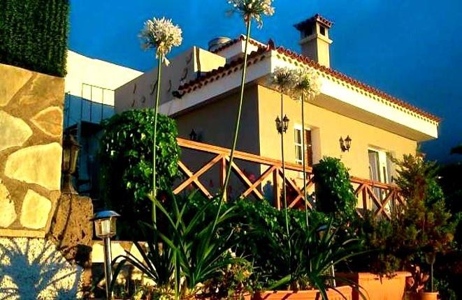 Kleine Villa in Icod de los Vinos mit Schwimmbad