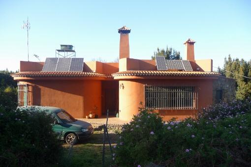 Liebevoll gestaltetes Haus im Wald von El Sauzal
