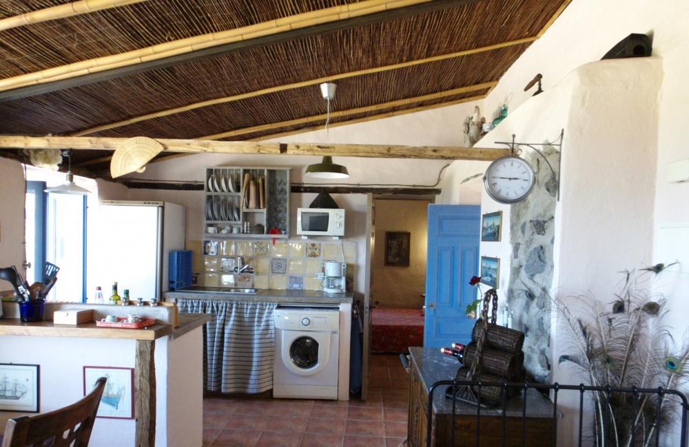 Voll ausgestattete offene Küche Apartment 1