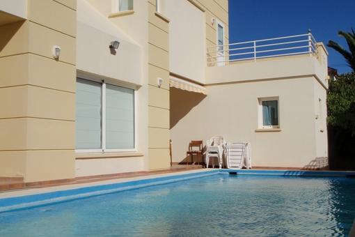 Schöne Villa in Costa del Silencio mit Pool sowie Teide- und Meerblick
