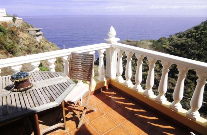 Haus in Los Realejos mit 4 Terrassen, grandiosem Meerblick und privatem Weg zum Strand