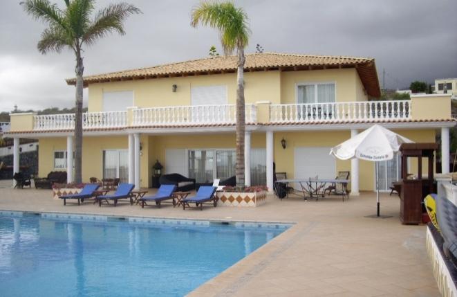 Exklusive Villa mit Gästehaus im Süden von Teneriffa mit Pool und herrlichem Ausblick