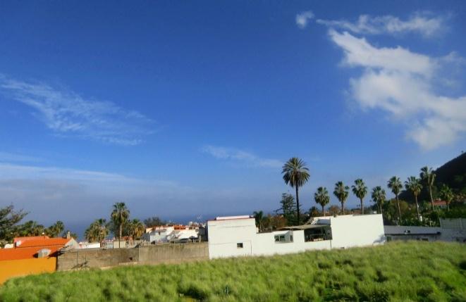 Ausblick auf Puerto de la Cruz und den atlantischen Ozean