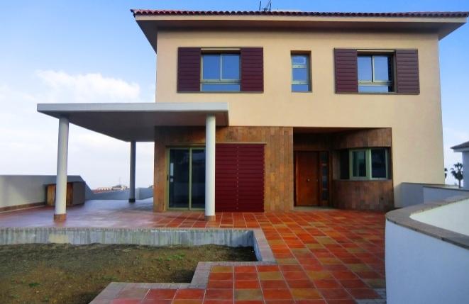 NEUBAU: Einmalige Villa in Puerto de la Cruz mit Teide- und Meerblick sowie privatem Fahrstuhl