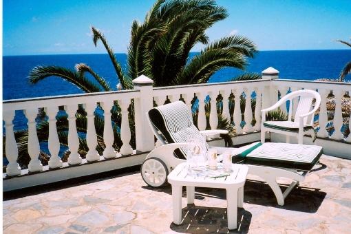 Terrasse mit einmaligem Meerblick