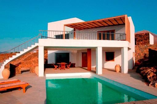Exklusive Luxusvilla mit Pool und Meerblick in Las Breñas