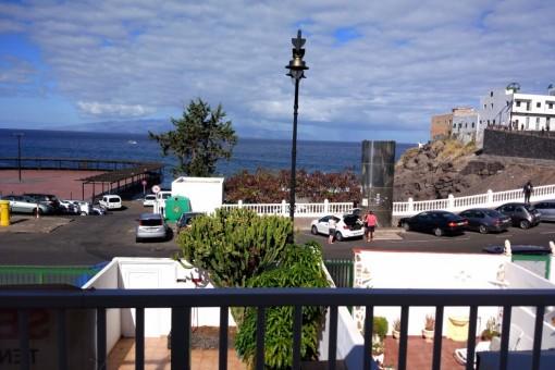 Großes Haus mit 3 Schlafzimmern und 2 Bädern im Herzen von Puerto de Santiago mit Meerblick
