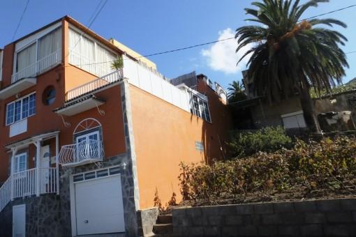 6-Zimmer Einfamilienhaus mit Garage und fantastischem Meer und Teideblick in La Victoria