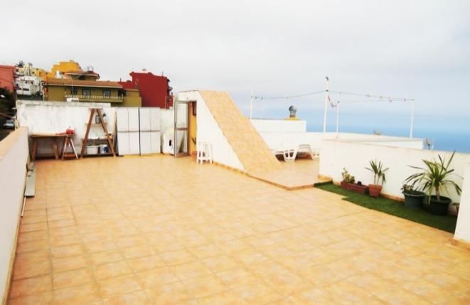 Dachterrasse mit Blick auf den Atlantik