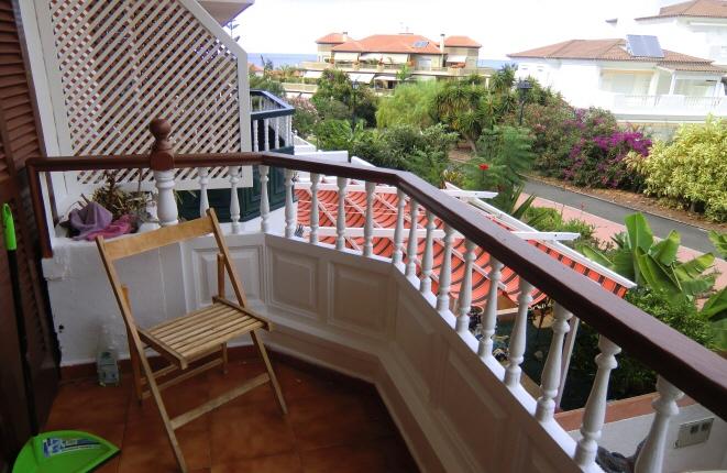 Reihenhaus in La Paz mit 2 Terrassen, Garten und Balkon
