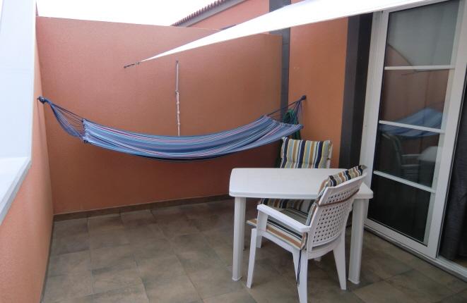 Terrasse im Obergeschoss lädt zum Entspannen ein