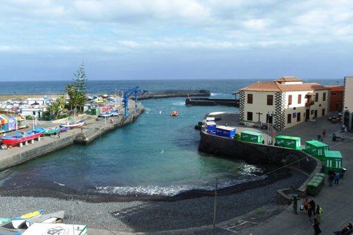 Einzimmerapartment mit großartigem Ausblick auf Hafen und Meer