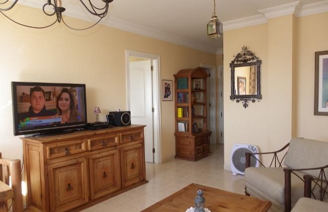 Harmonisch eingerichtetes Wohnzimmer