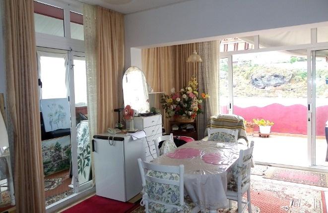 Wohnzimmer in ruhiger exponierter Lage