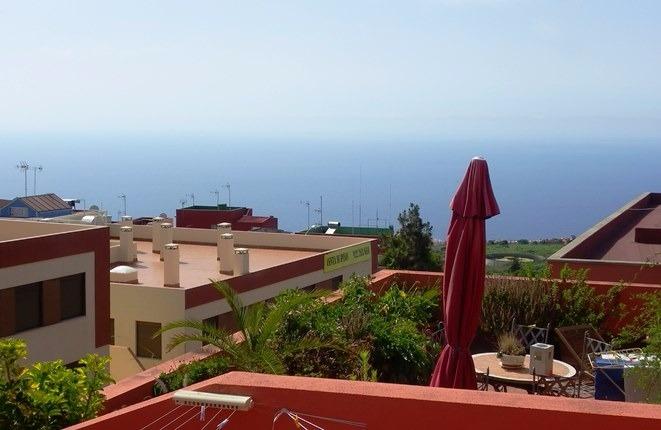 Teide- und Meerblick: Moderne, zentral gelegene Wohnung mit großer Terrasse