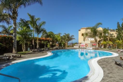 Helle Wohnung mit großer sonniger Terrasse und Gemeinschaftspool in El Durazno